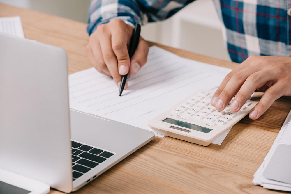 Duże zlecenie – skąd wziąć pieniądze na realizację?