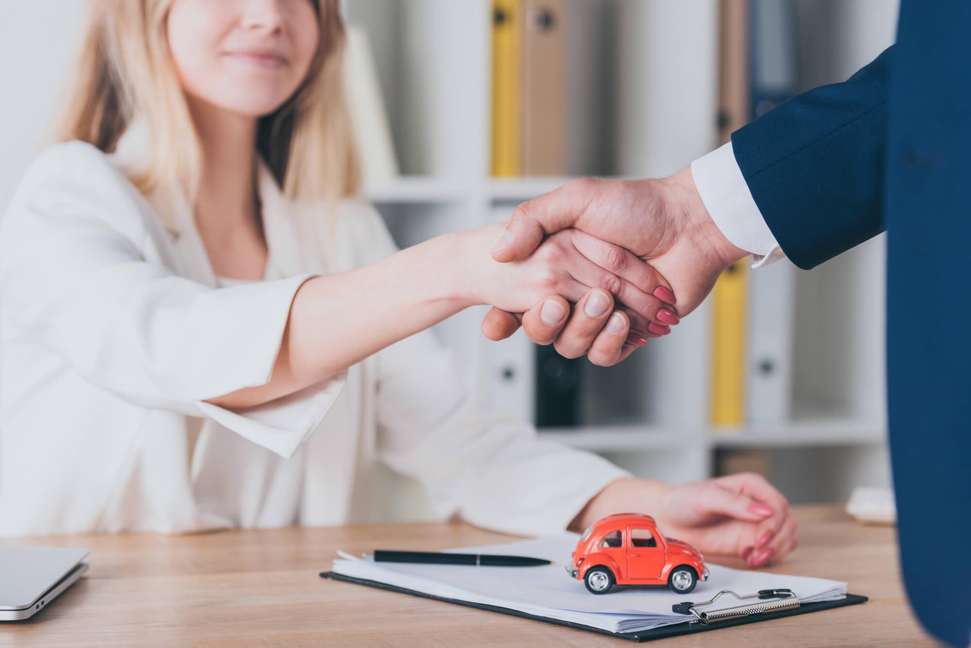 Leasing operacyjny a finansowy – poznaj różnice między produktami